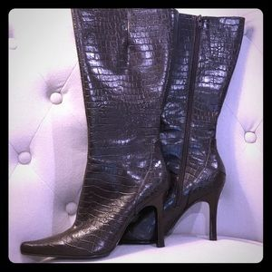 New Nine West Boots Size 8.5